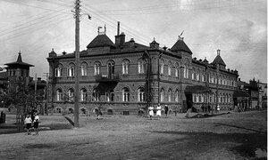 Челябинск. Угол улиц Коммуны и Елькина. 1923