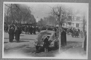 Симферополь прощается со Сталиным. 9 марта