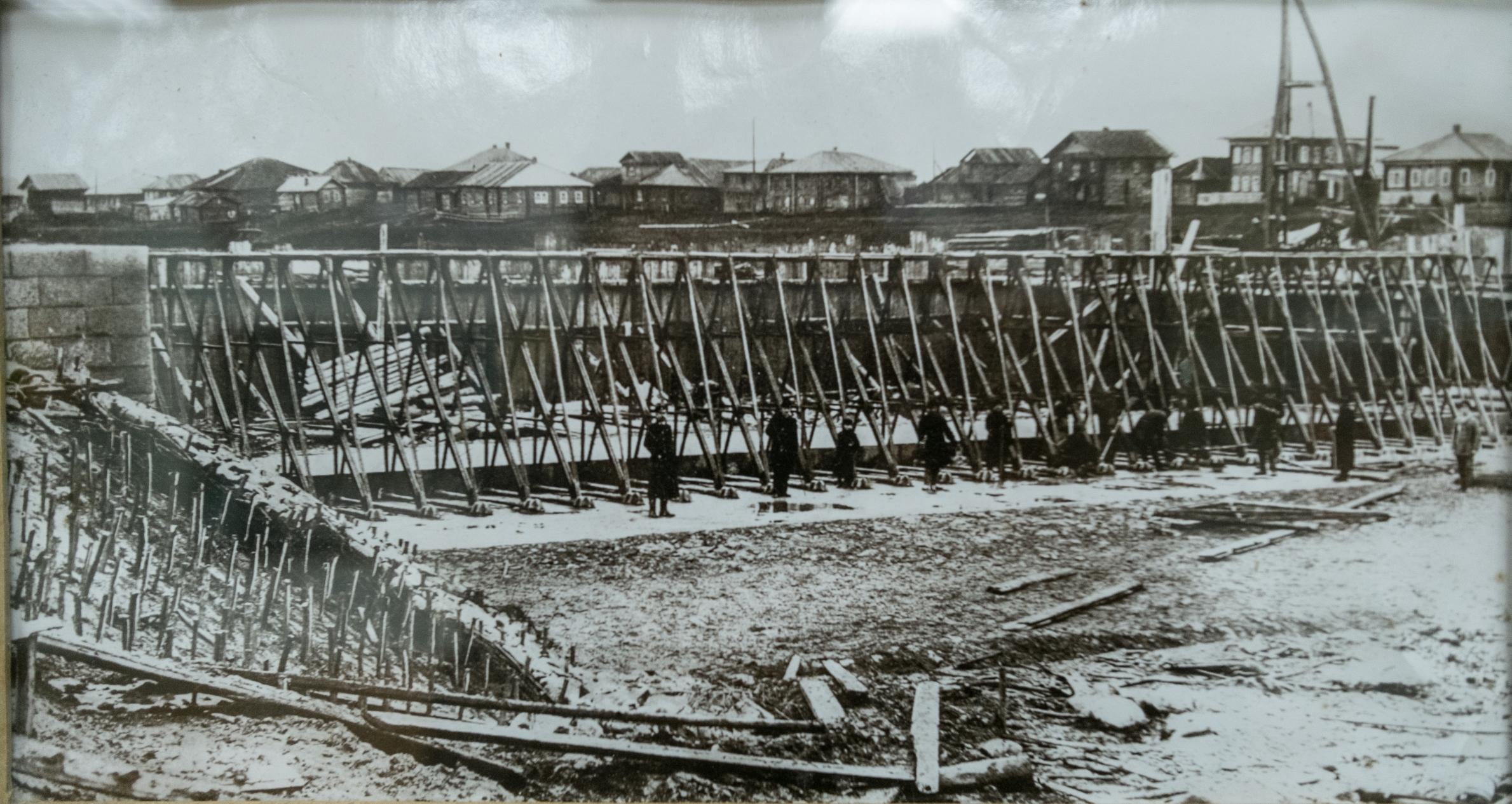 Установка ферм Поаре на плотине в Ниловицах на р. Шексне
