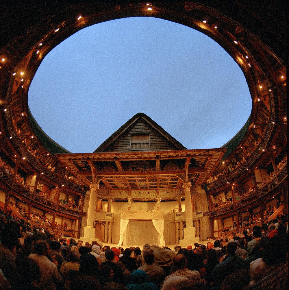 Inside-the-Globe-Theatre-Double-Barrelled-Travel.jpg