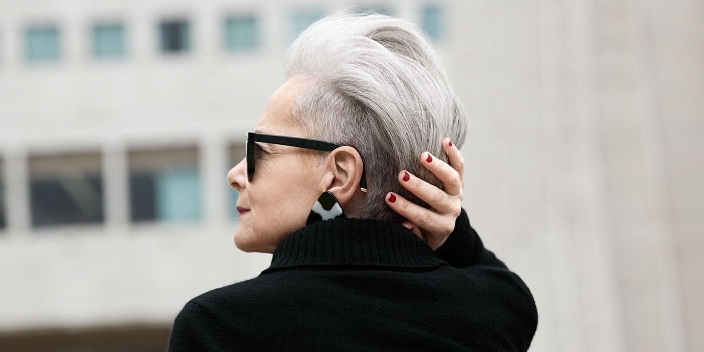 Когда женщине 63, но инет от нее бомбит