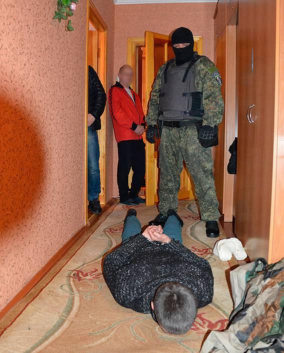 Преступник, бежавший в сентябре из-под конвоя с захватом заложников, задержан в Луцке, - Троян. ФОТОрепортаж