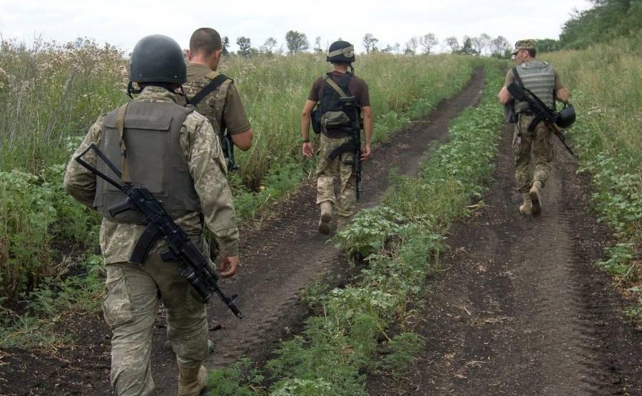 Разведение войск в районах Золотого и Петровского произошло фактически, - журналист