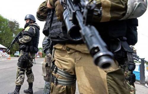 Москва не сдается: В оккупированном Луганске готовят новую партию террористов