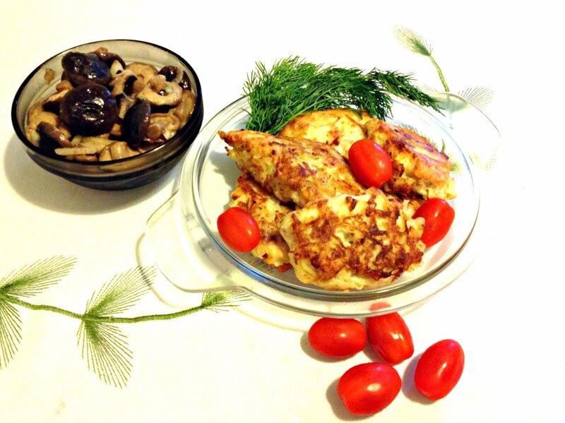 Жареная рыба под тёртым картофелем