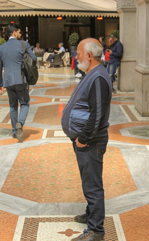Посетители галереи Vittorio Emanuele II