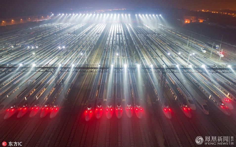 Депо высокоскоростных поездов в провинции Хубей, Китай.