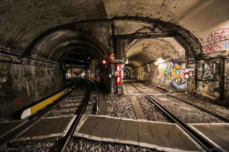 Фотографии и текст Sam Namos   Больше века один из старейших метрополитенов мира продолжает