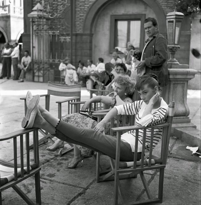 Настудии Синечитта вовремя перерыва насъемках фильма «Война иМир». Август 1955г.