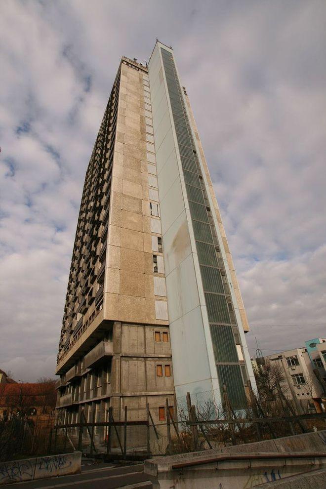 4. 25-этажное здание Pecsi magashaz, Печ, Венгрия Самым высоким заброшенным зданием в Центральной Ев