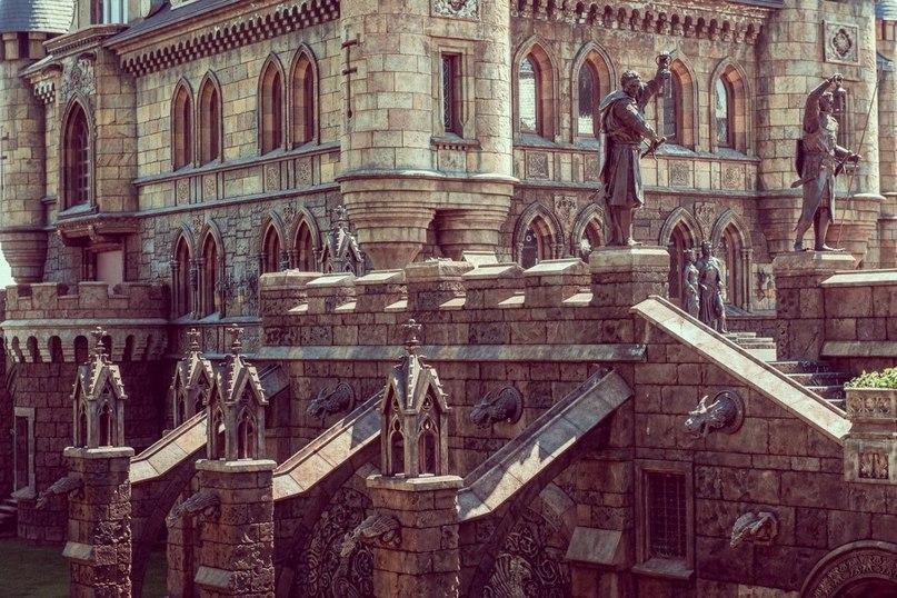 """Замок """"Гарибальди"""" — единственный в России готический замок-отель и одна из самых красивых достопримечательностей Самарской области (6 фото)"""