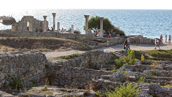 Медведев встал назащиту археологического наследства Крыма