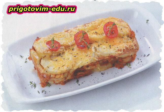 Мусака из картофеля с сырным соусом