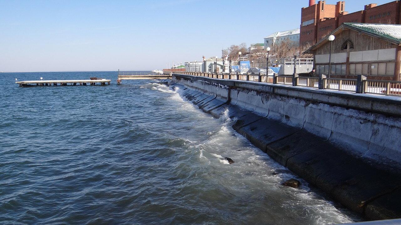 Владивосток. Набережная Амурского залива.