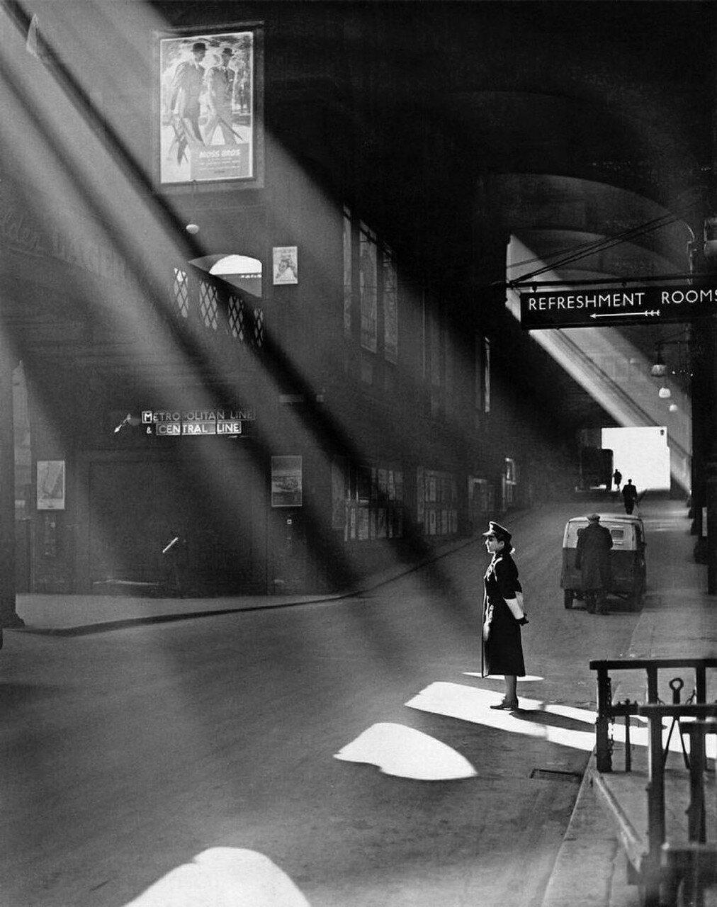 1952. Станция «Ливерпуль-стрит»