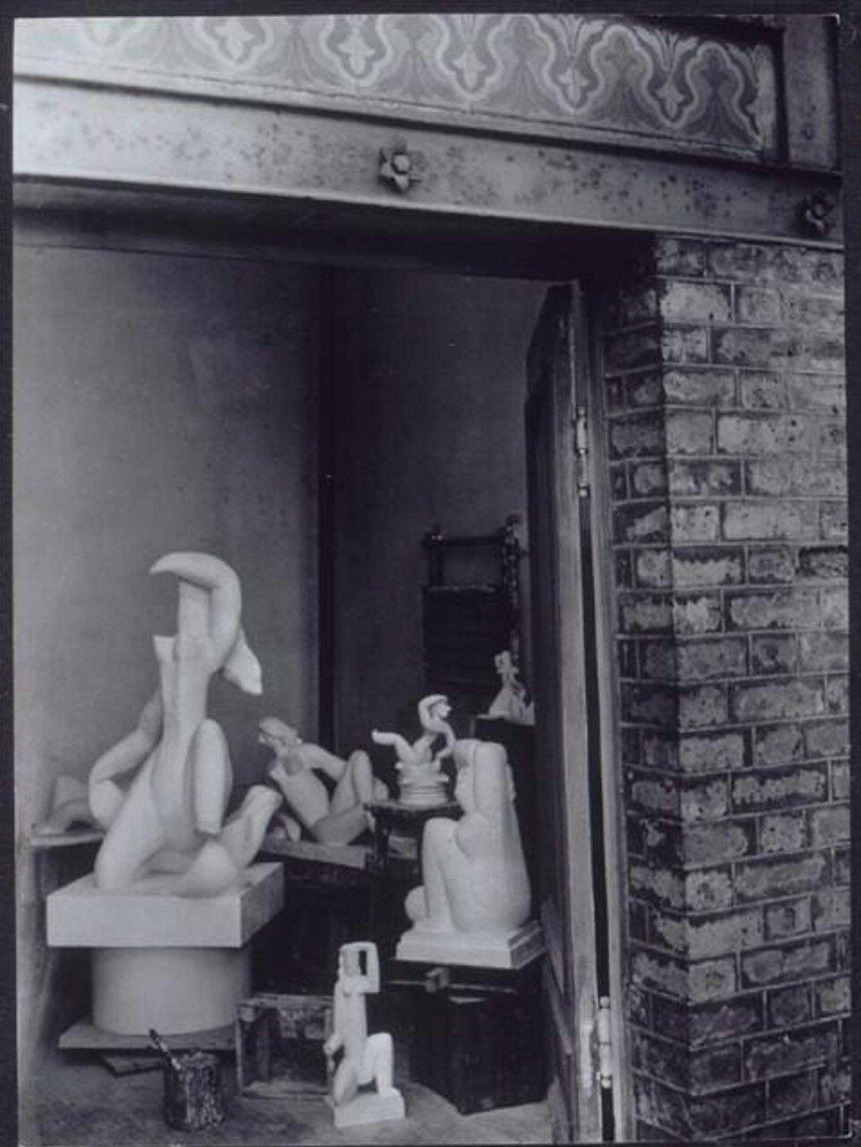 1932. Мастерская Анри Лорана на вилле Брюн в Париже