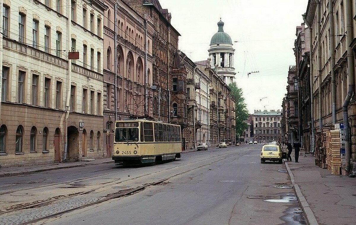 Колокольная улица