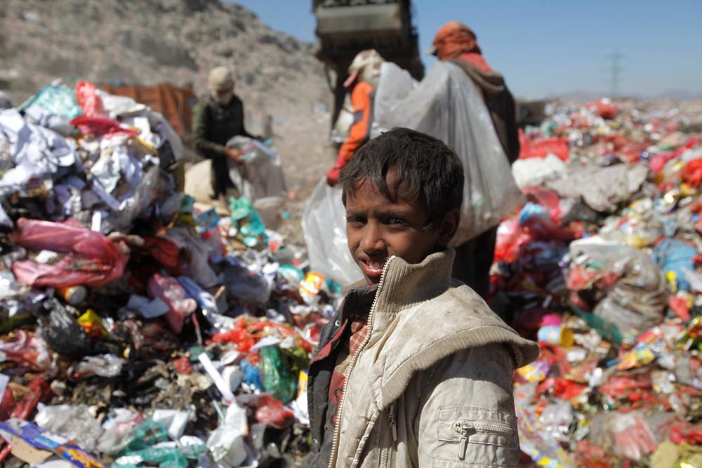 Жизнь на свалке Йемена