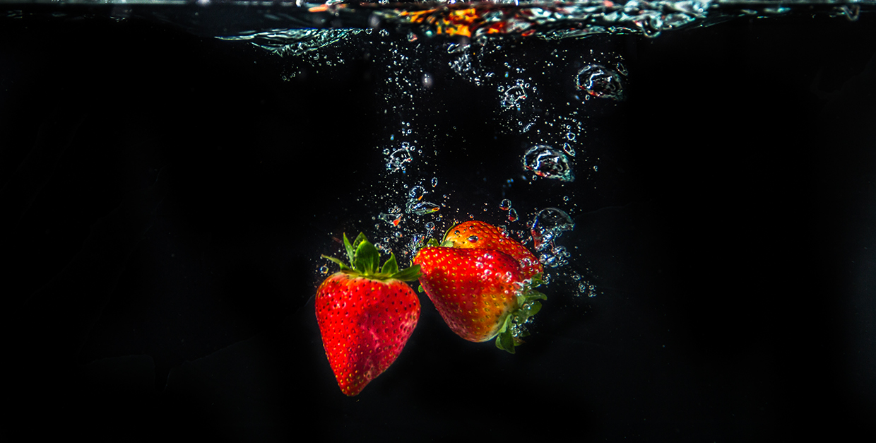 Water and Fruits Splash