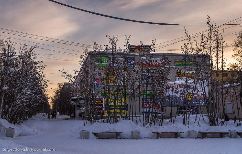 30. Как и Кировск, Апатиты не забыли создать праздничное настроение своим жителям: