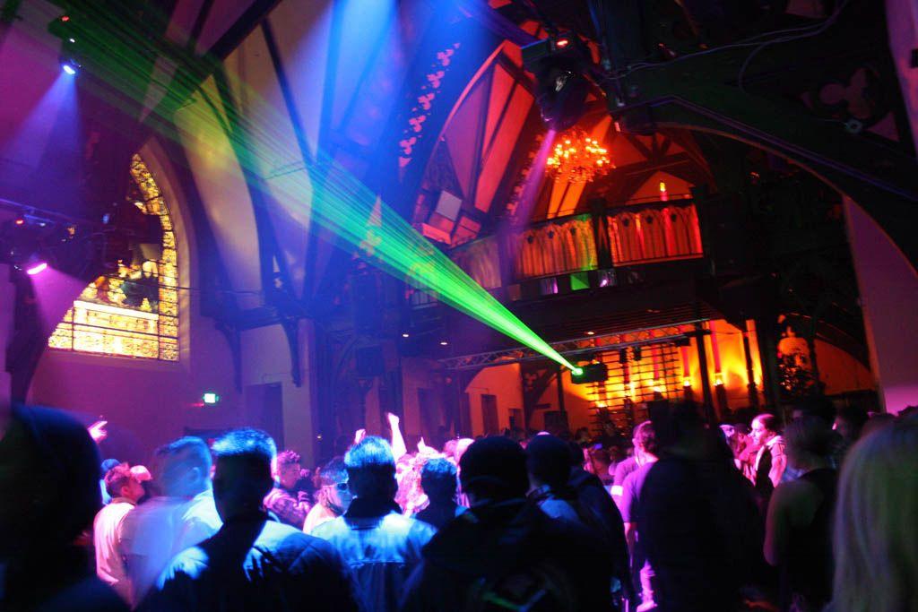 10. The Church — ночной клуб в церкви XIX века
