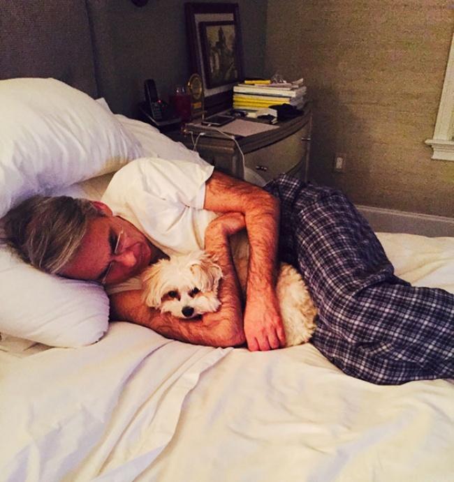 © Dancisco23  Фото моего отца, который «нехочет иметь ничего общего сэтой собакой»