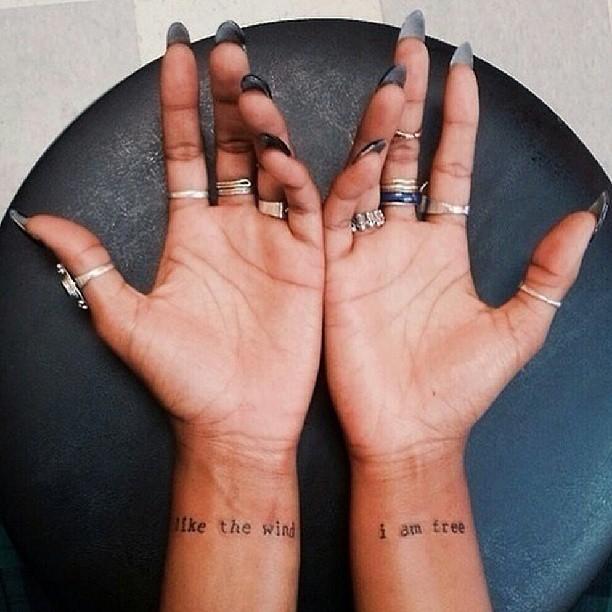 маленькие-татуировки-идеи-эскизы6.jpg