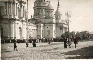 Крестный ход у Спасо-Преображенского собора