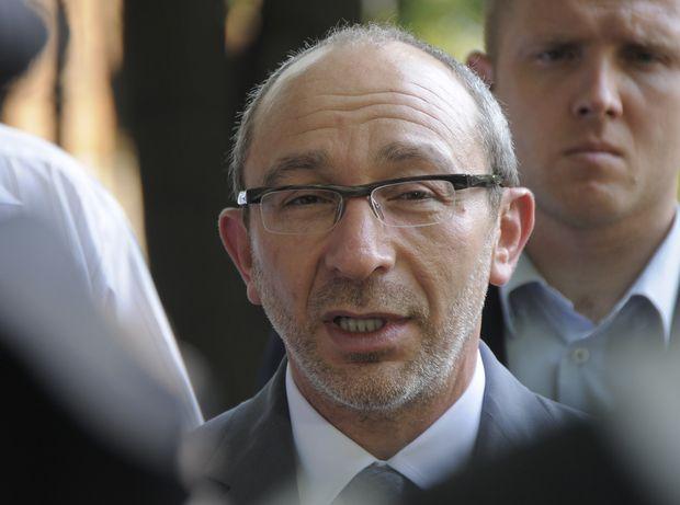 Суд поКернесу перенесли из-за его операции заграницей
