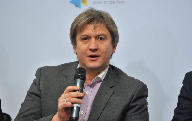 Министр финансов неисключает объединение «Приватбанка» с«Ощадбанком»