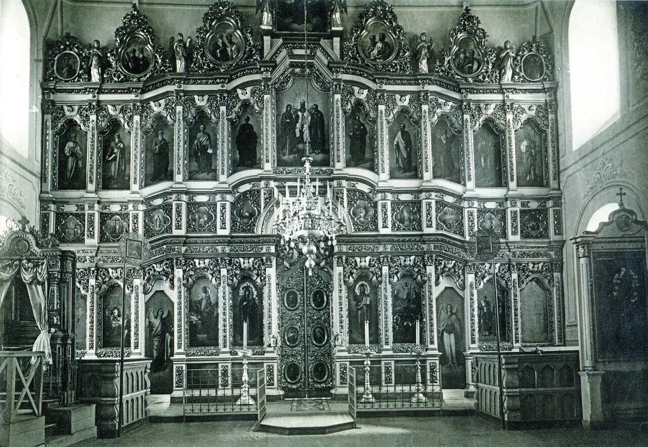 Иконостас верхнего храма Спасо-Преображенского собора Авраамиева монастыря