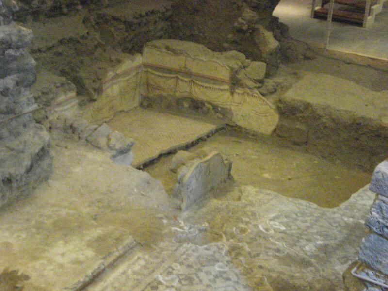 051-остатки римского дома.jpg