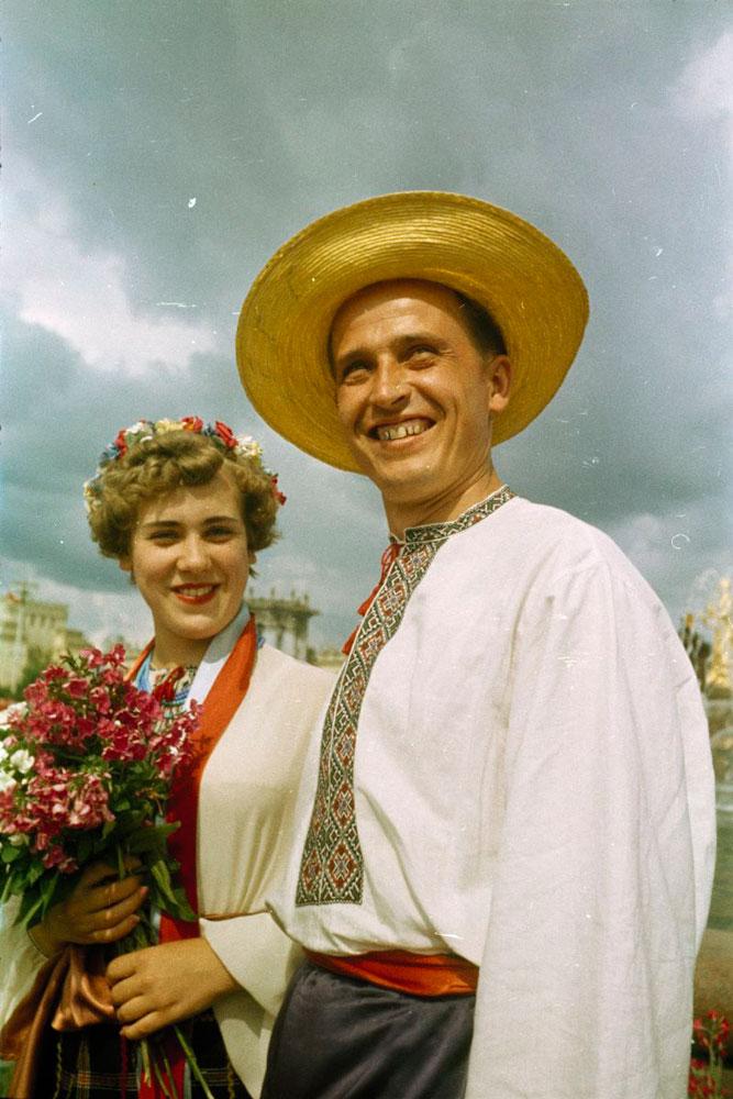 Фестиваль молодежи и студентов. Делегация Украины, киргизы