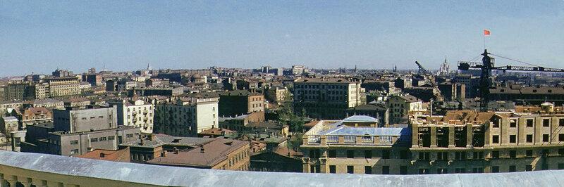 1953 Вид с крыши здания посольства США Martin Manhoff1.jpg