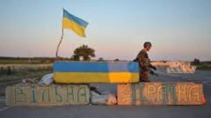 Ночью боевики выпустили 40 120-мм снарядов по позициям ВСУ вблизи Новобахмутовки, - спикер пресс-центра АТО