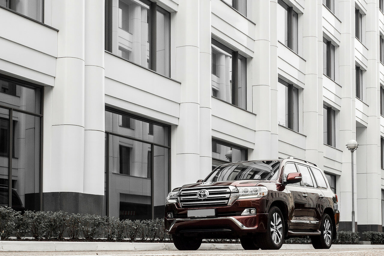 Toyota Land Cruiser 200 Executive