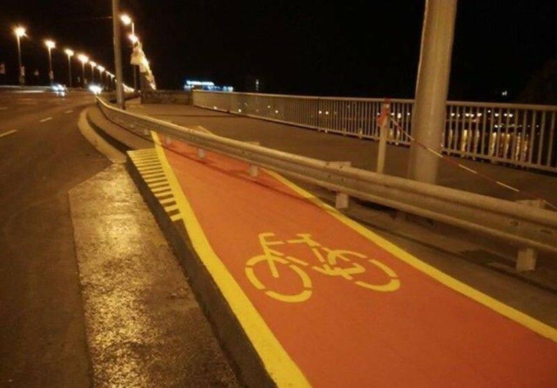 0 1e8837 69f7f3ae XL Доказательства тяжелой жизни велосипедистов в городе: фото и видео