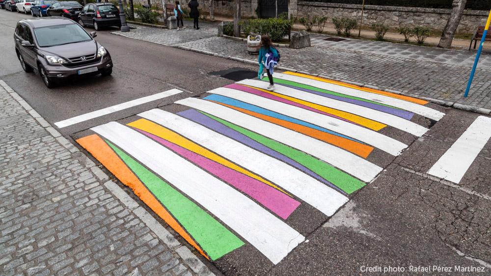 Пешеходные переходы с ярким орнаментом от Christo Guelov (10 фото)