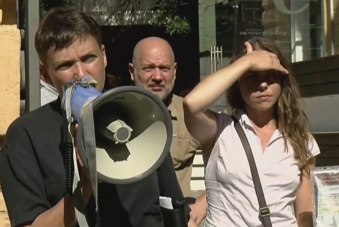 Савченко заявила, что несобирается выходить из«Батькивщины»