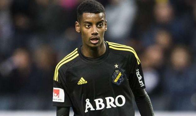 «Боруссия» подтвердила трансфер 17-летнего Исака