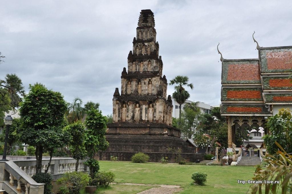Wat Cham Devi