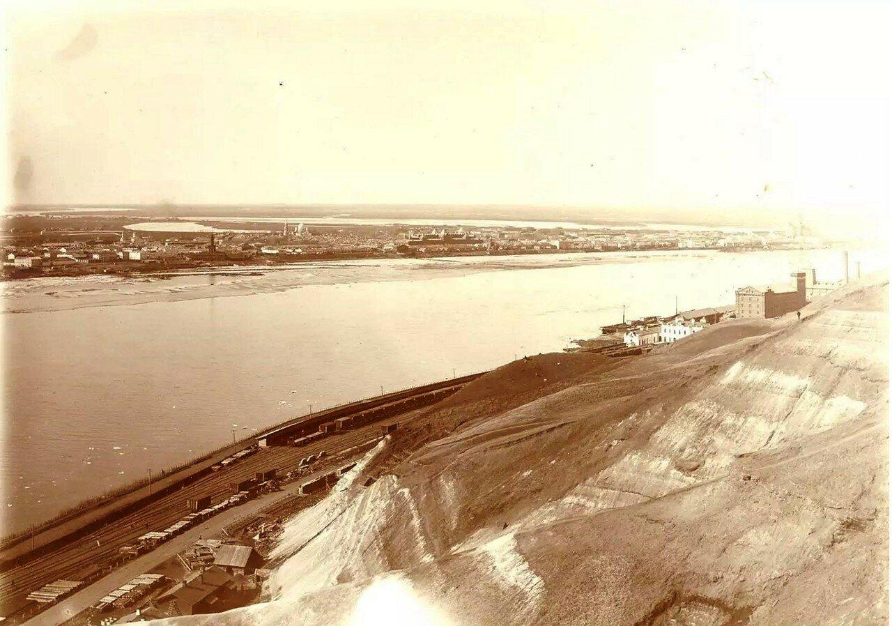 Вид на Ярмарку и Ромодановский вокзал