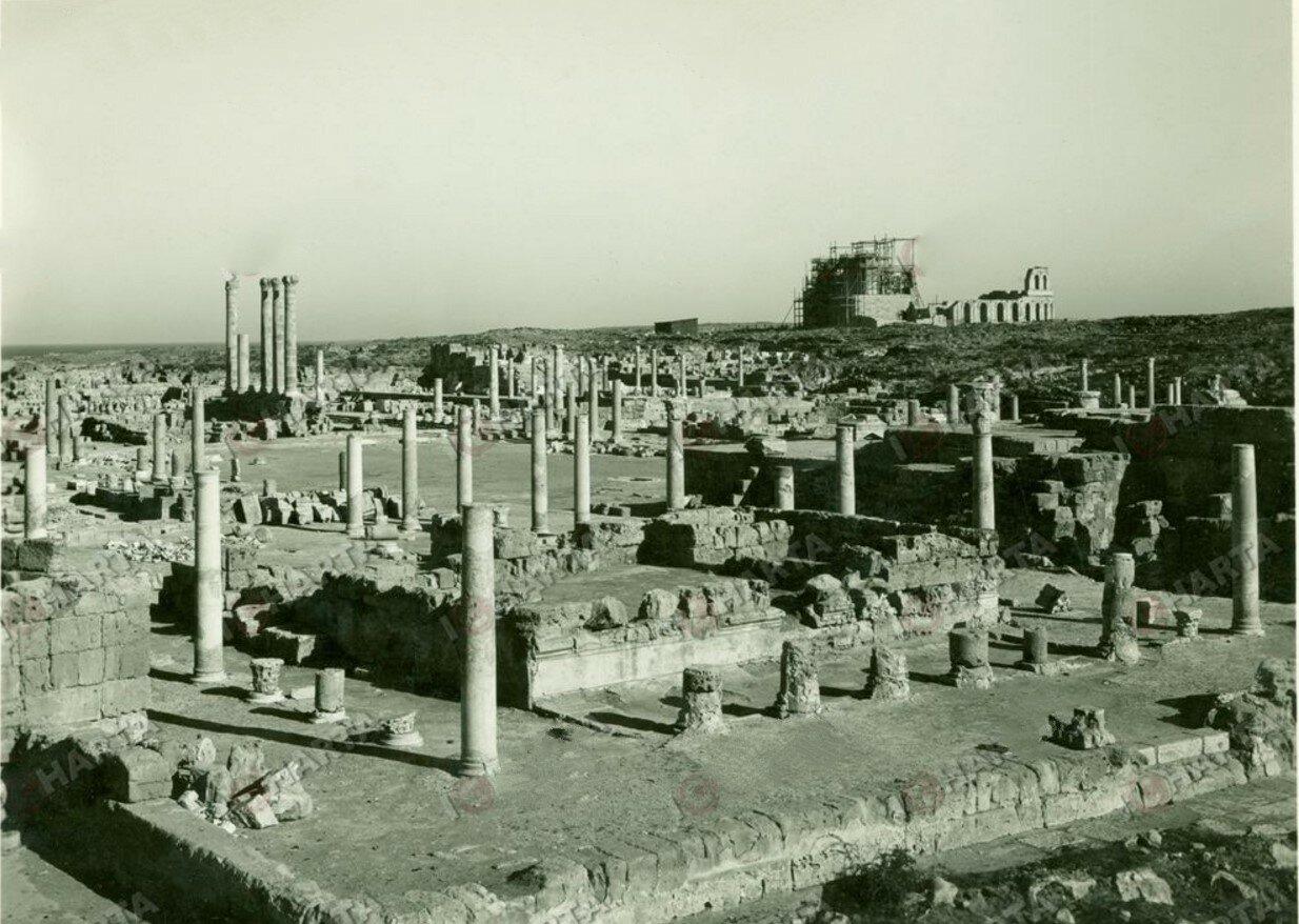 Сабрата. Форум и римский театр