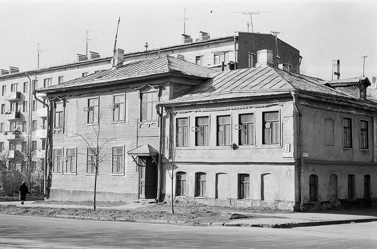 1974. Угол Сокольнической слободки и Песочного переулка