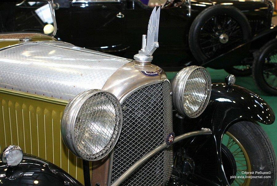 Voisin C-11 Cabriolet 1927.jpg