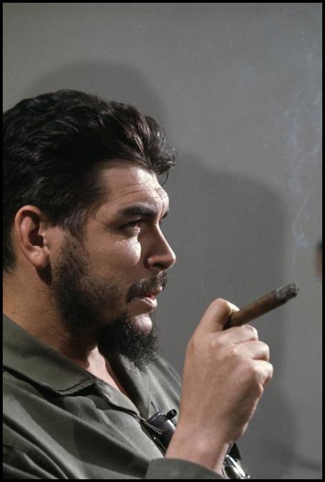 Elliott Erwitt - Che Guevara, Havana, Cuba 1964.jpg