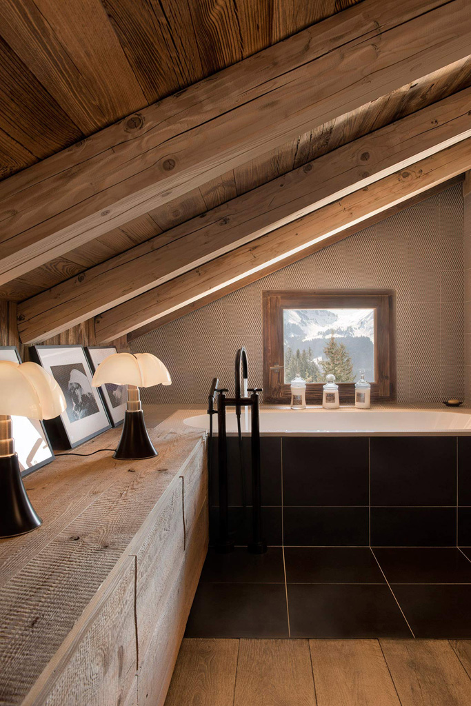 a-rustic-chic-home-in-the-french-alps-9.jpg