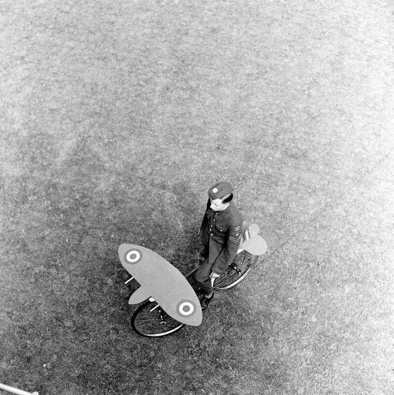 AIR ENTRAINEMENT - 1942 1.jpg