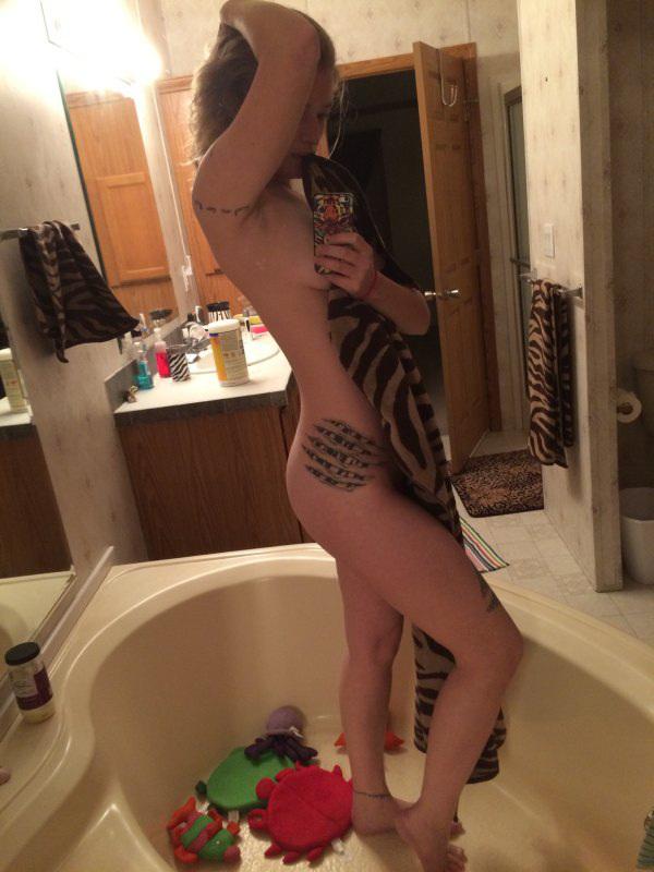 Разгорячившиеся бестии после ванных процедур