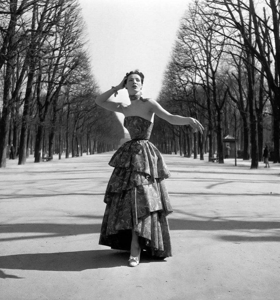 Фотосессия в парке. Автор фото: Willy Maywald.